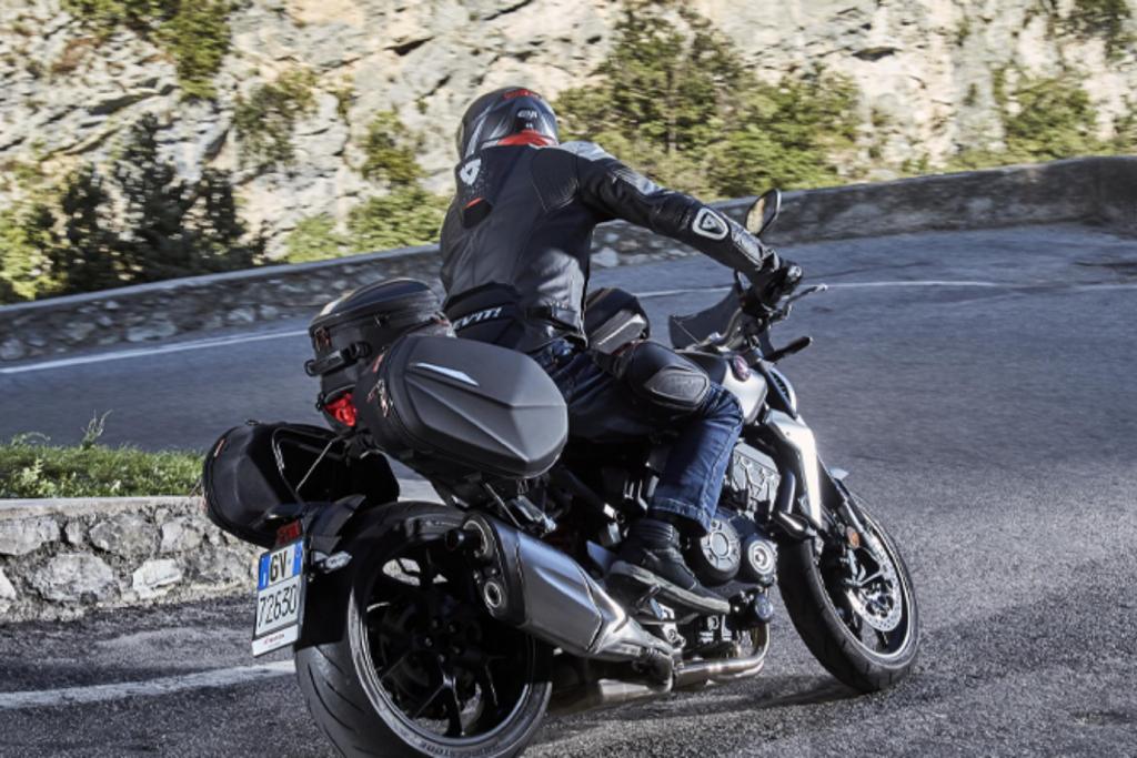 Como colocar la carga en la moto correctamente